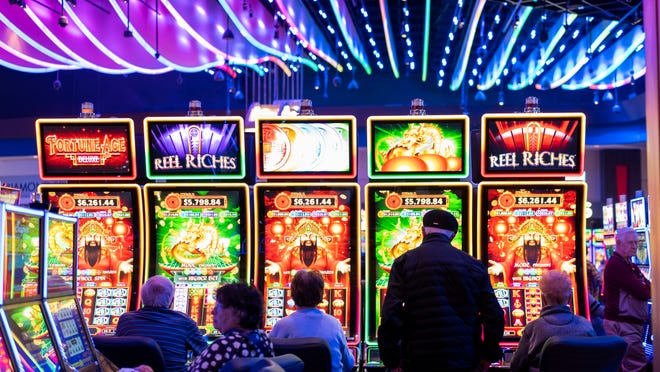 Six New Age Methods To Online Gambling