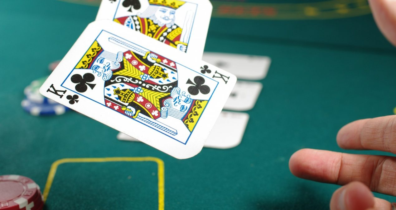 Online Gambling the Pros And Cons Of Live Dealers
